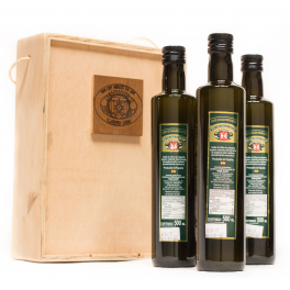 Estuche 60 Aniversario: 3 botellas de cristal de 0,5 L. Aceite de oliva virgen extra